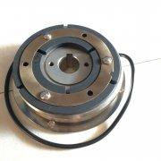 电磁离合器和油门的操作办法和留心事项